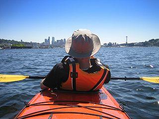 320px-recreational-kayak.jpg